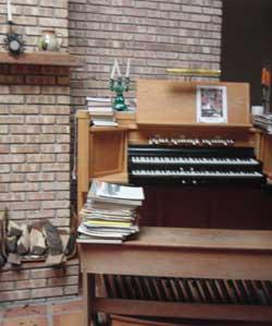 organ console
